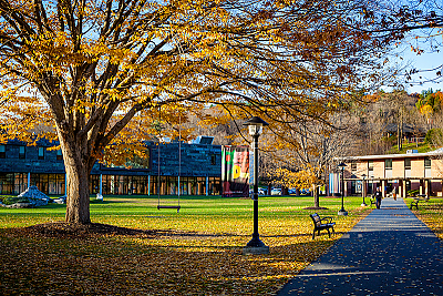 A peaceful Quad during Fall's Foliage