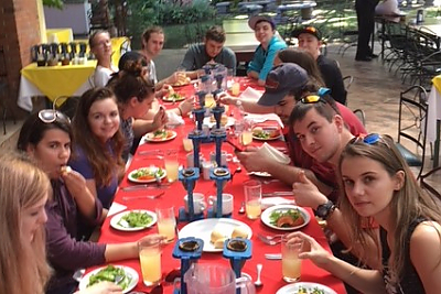 Students enjoy a group meal in Costa Rica