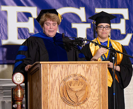 Mariah Edson accepts the Acaemic Dean's Award for Bachelor's Degree from Vice President of Academic Affairs Gail Gibson Sheffield during the 2019 Spring Commencement ceremony.